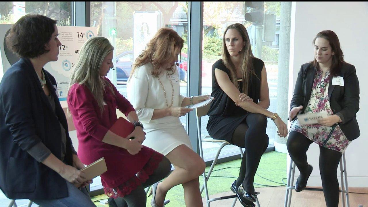 Aegon analiza el ahorro a largo plazo en la mujer en una mesa redonda