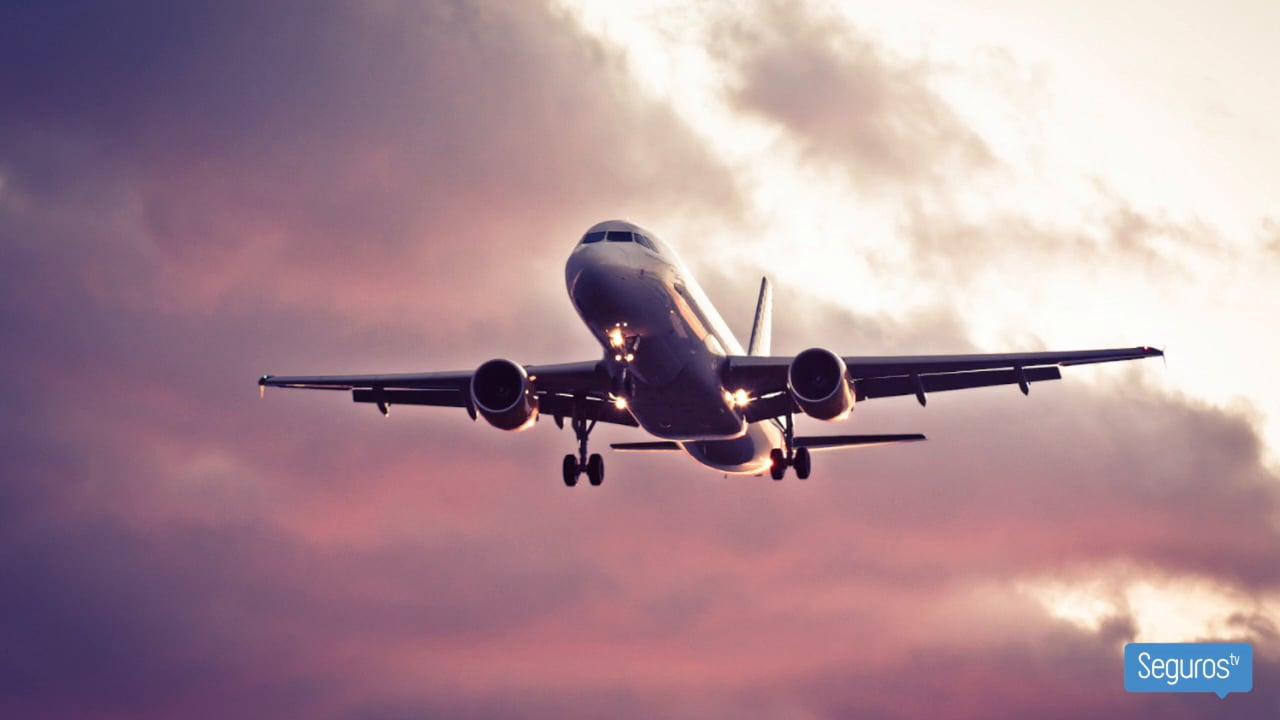¿Viajas en avión este verano? Conoce todos los seguros que te protegen