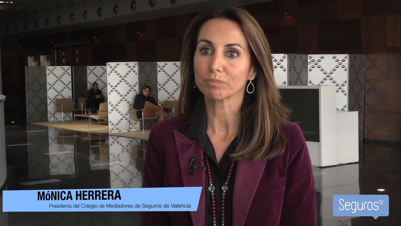 """Mónica Herrera: """"Queremos que los colegiados nos vean como un apoyo"""""""