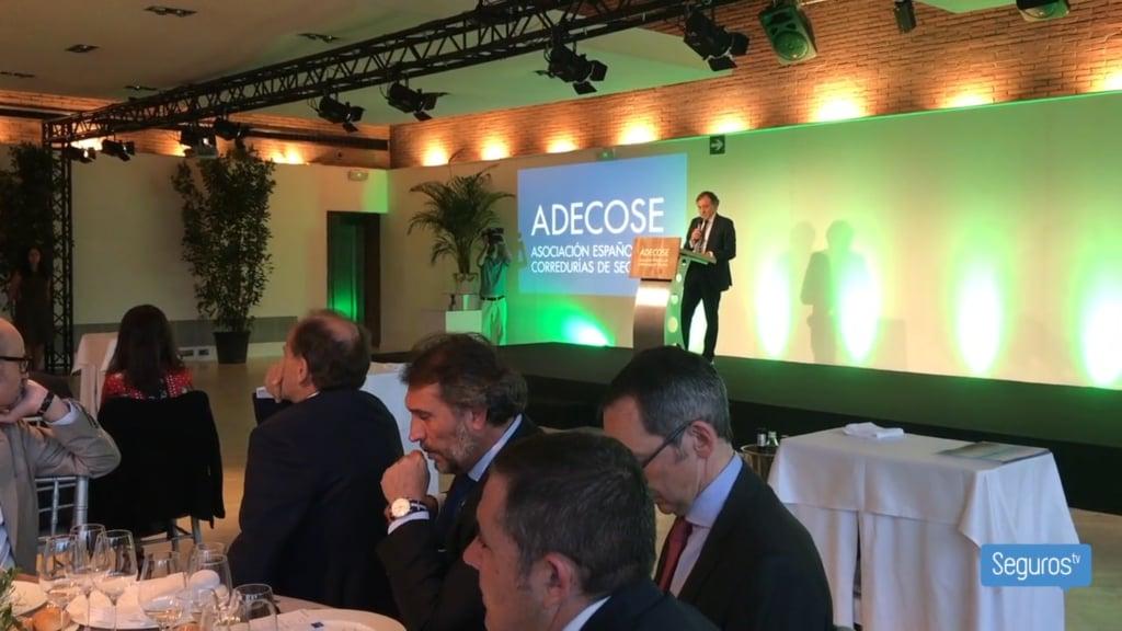 Adecose premia el compromiso medioambiental de Fundación Ecomar