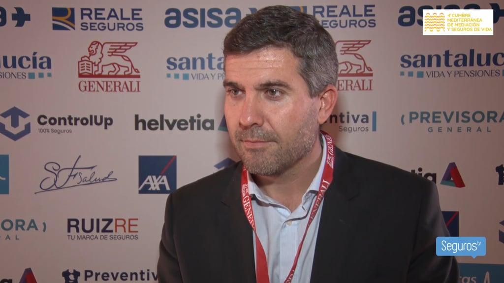 Entrevistamos a Eusebio Climent, presidente del Colegio de Alicante