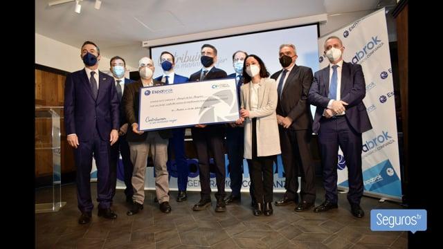 Espabrok entrega su IX Premio Solidario a Amigos de losMayores