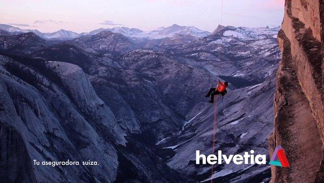 """Helvetia se pone """"al lado de sus clientes"""" en su nueva campaña"""