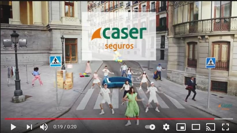 Garbiñe Muguruza, cambia el tenis por el baile en la nueva campaña de Caser Seguros